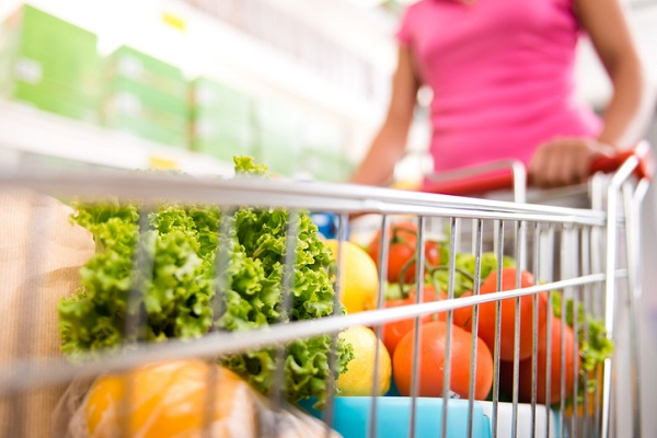 Giving people information that helps them shop smart for healthy food makes a difference