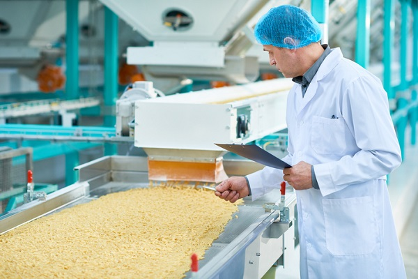 Food processing plants that export food will need an SFCR licence to continue operating