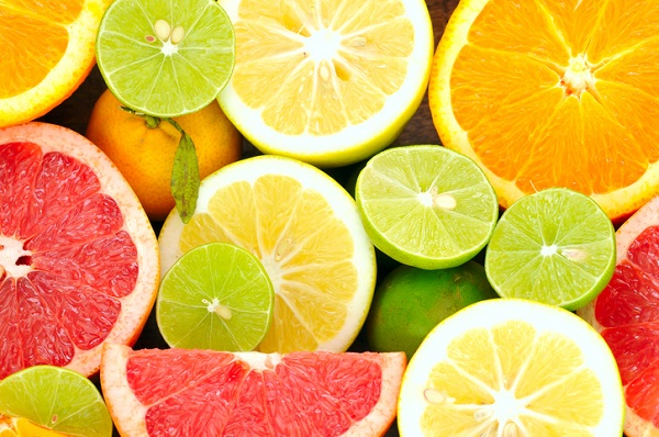 Advise clients to consume citrus fruits after completing your nutritionist courses