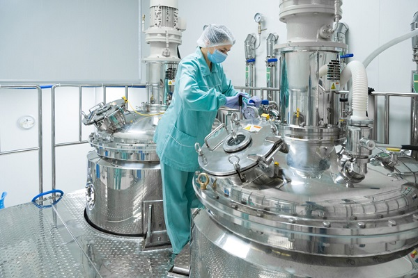 SUPAC guidelines are not regulations, but they are influential within pharmaceutical manufacturing